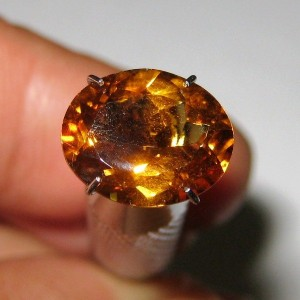 Permata Citrine Orange Oval 2.92 carat Lustrous VSI