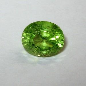 Yellowish Green Oval Peridot 1.95 carat Serat Exclusive!