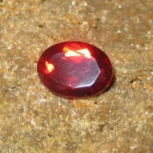 harga garnet merah dengan hasil cek keaslian batu permata