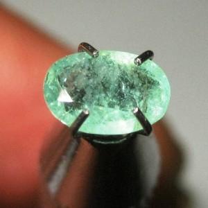 Light Green Emerald 0.65 carat Oval Cut