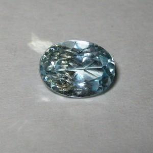 Batu Mulia Natural Sky Blue Topaz 1.70 Carat Oval Cut