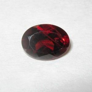 Batu Permata Garnet Merah Pyrope 1.55 carat Oval Cut
