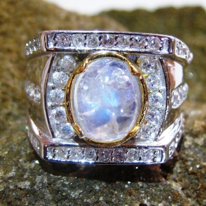 Cincin Moonstone Model Kontemporer Ukuran Ring 9US