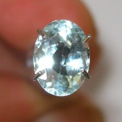 Oval Light Blue Aquamarine 1.20 carat