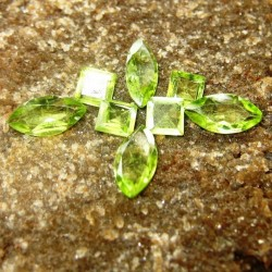 Set Peridot 8 Pcs 2.75 carat
