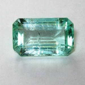 Batu Zamrud Kolombia 2.22 carat VVS Hijau Bening Bercahaya