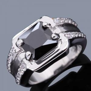 cincin Pria Black Sapphire Sintesis Ring 7 US