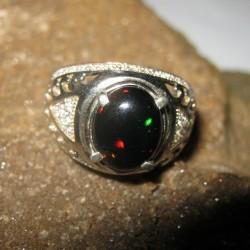 Cincin Etnis Black Opal Ring 9US