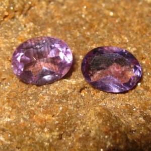 Batu Permata Kecubung Oval Pasangan 2.15 carat