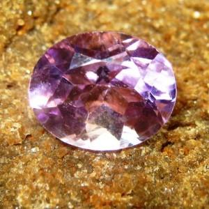 Amethyst Ungu Terang 3.10 carat