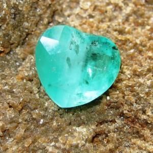 Zamrud Brazil Heart Shape 4.10 carat