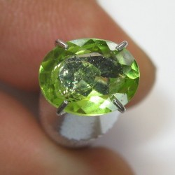 Peridot Oval Greenish 1.30 carat