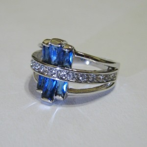 Cincin Fashion Model Blue Sapphire Cz Ring 6