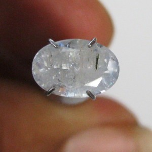 Safir Bening Kebiruan 2.08 carat