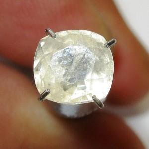 Safir Cushion Light Yellow 2.19 carat