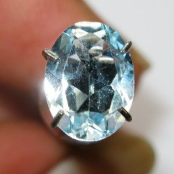 Topas Biru Langit Oval 1.40 carat