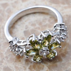 Cincin Green Peridot Silver 925 Ring 5.5