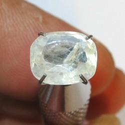 Batu Permata Safir Putih Kekuningan Kotak 2.30 carat