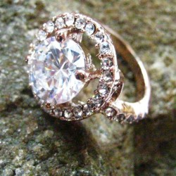 Cincin Rose Gold 9K Filled Ring 7US