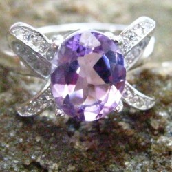 Ladies Amethyst Silver 925 Ring 8US