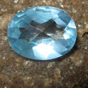 Oval Sky Blue Topaz VS 1.90 carat