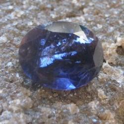 Iolite Biru Keunguan Oval 2.10 carat
