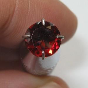 Round Red Garnet Almandite 0.80 carat