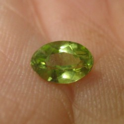 Natural Peridot Oval 0.5 cts