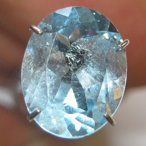 Sky Blue Topaz Oval 2.85 carat