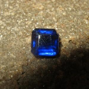 Safir Biru Kotak 2.90 carat