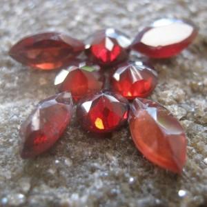 Set Garnet Merah 8 Pcs 4.70 carat