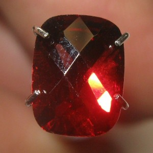 Pyrope Almandite Garnet Facet 1.60 carat