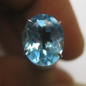 Swiss Blue Topaz Oval VSI 2.64 carat
