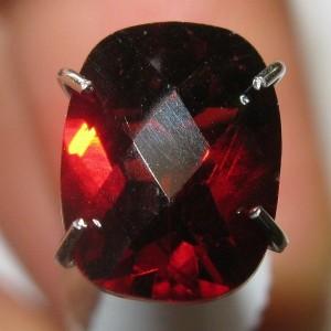 Pyrope Cushion Garnet 1.67 carat
