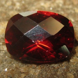 Garnet Merah Cushion 1.60 carat