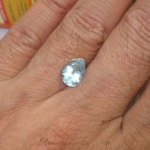Pear Sky Blue Topaz 1.6cts