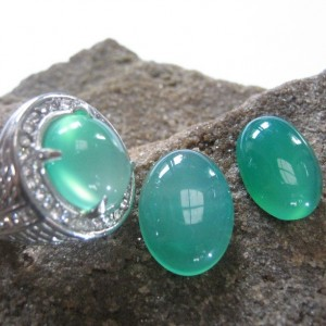 2 Pcs Chalcedony Plus Cincin Ring 8US