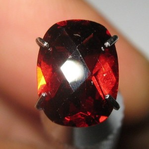 Garnet Pyrope Cushion Cut 1.50 carat
