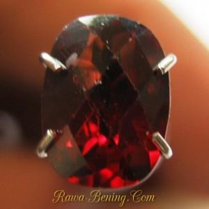Promo Batu Permata Garnet Pyrope 1.65 carat Cushion Cut