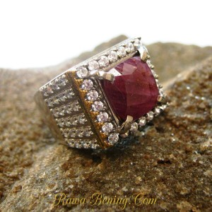 Cincin Ruby Silver Ring 8US