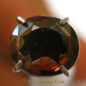 Oval Orangy Brown Zircon 1.91 carat