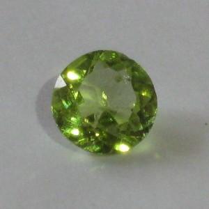 Peridot Round Diamond Cut 0.6 carat