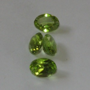 Oval Peridot 4 Pcs