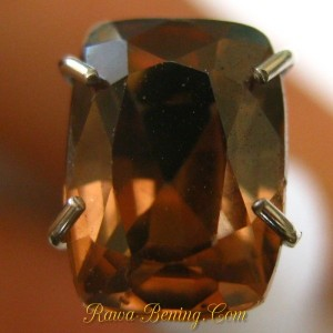 Batu Permata Cushion Orangy Brown Zircon 1.89 carat