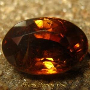 Harga Batu Mulia Berkualitas Yellowish Orangy Brown Zircon 2.48 carat www.rawa-bening.com