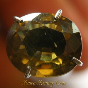Batu Permata Brownish Yellow Zircon Oval 2.29 carat