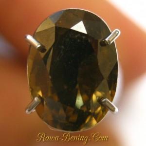Sale Batu Mulia Berkualitas Oval Yellowish Brown Zircon 2.06 carat
