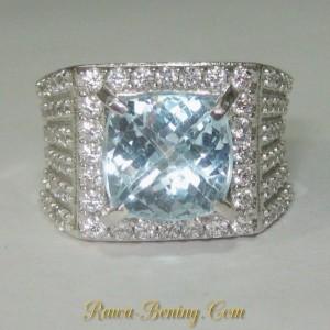 Cincin Silver 925 Ice Blue Topaz 5.50 carat dengan Aksen CZ