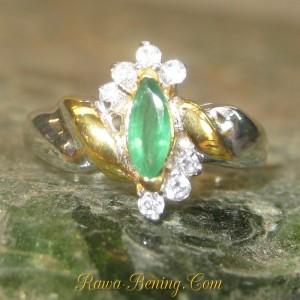 Cincin Batu Zamrud untuk Wanita Silver 925 Rin 6.5US