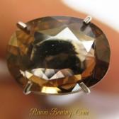 Batu Mulia Alami Orangy Brown Oval Zircon 2.75 carat